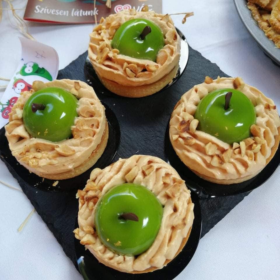 XII. Váci almás pite sütő verseny – karamellás- almás tarte